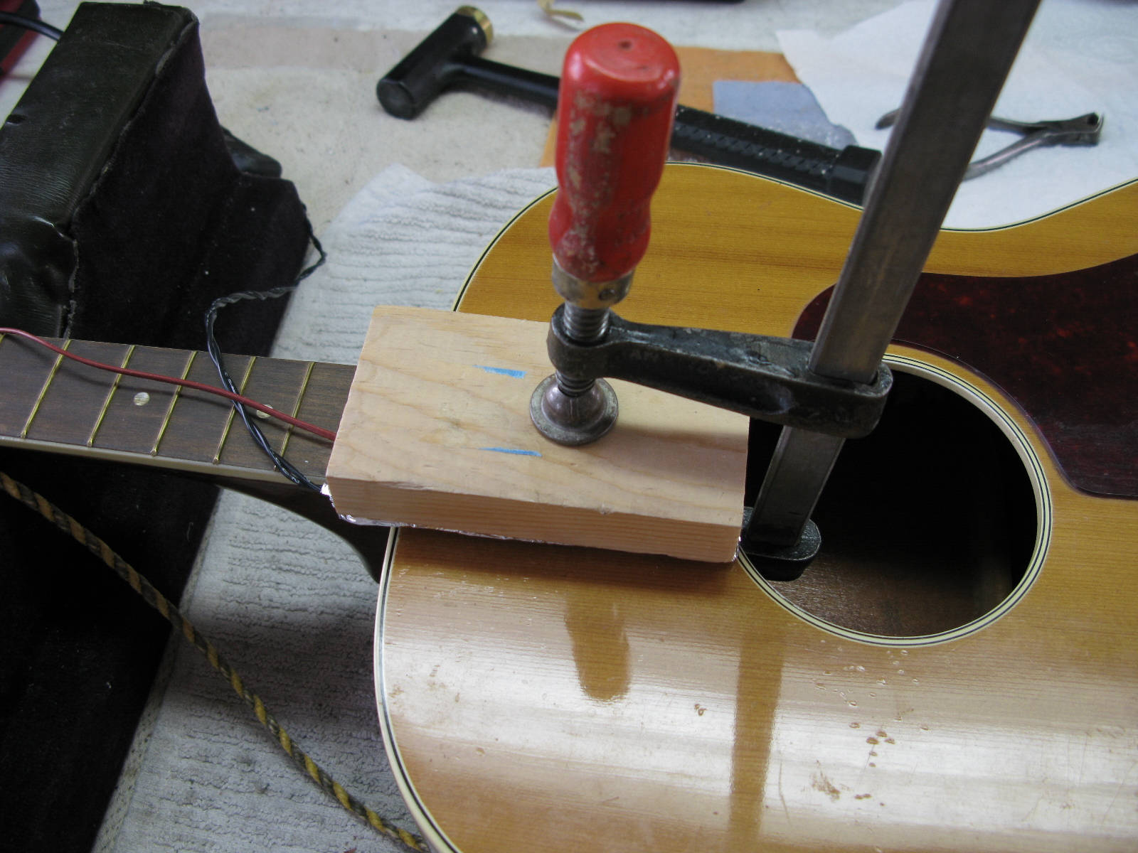 acoustic guitar neck removal